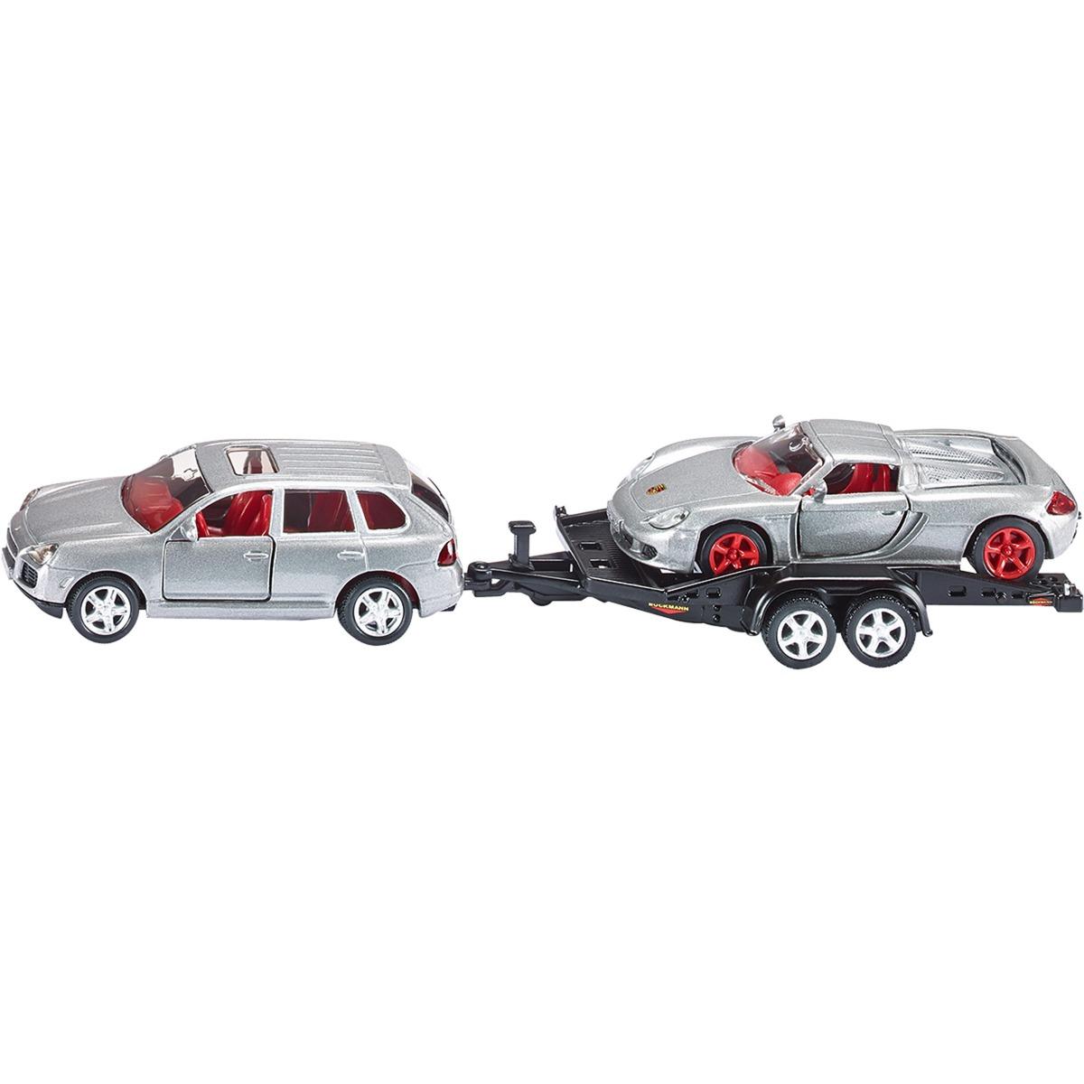 pkw-mit-wohnwagen-model-koretoj